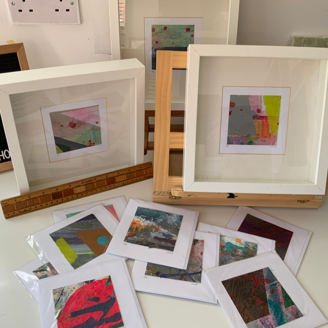 canvas acrylic abstract painting group gift cards by Sophie Douglas from The Arts School